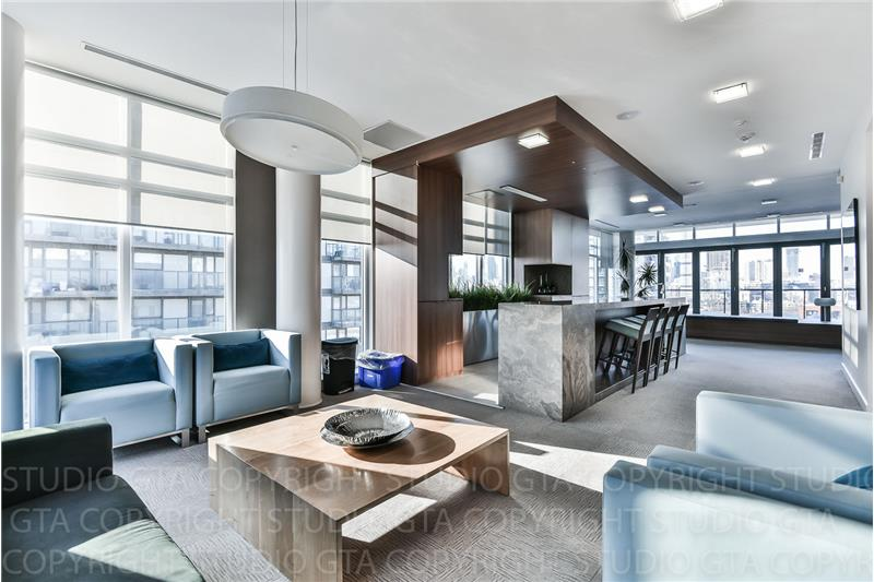 260 Sackville St 1 bedroom with den - party room