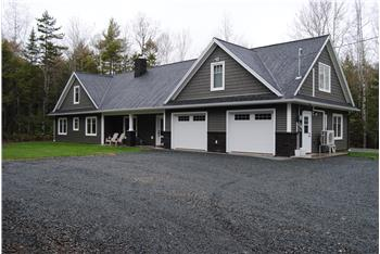 28 Sharon Annes Way, Stewiacke, NS