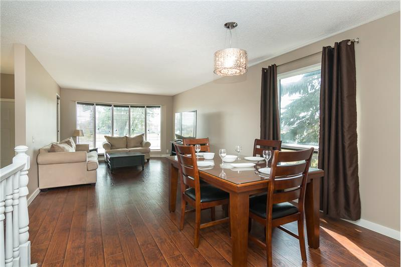 Open living/dining room combination. Great space for hosting large gatherings