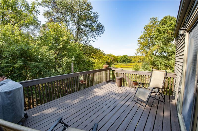 2854 Egypt Road Apartment Deck