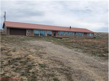 2864 Lane 45, Basin, WY