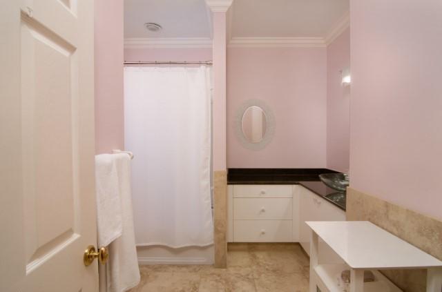 Bedroom 3 - Full Bath