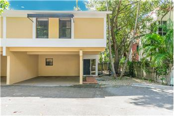 3048 Shipping Ave 3048, Miami, FL