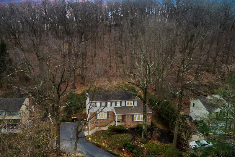 305 Arden Road Aerial View