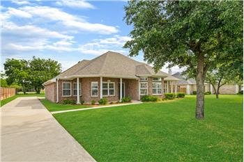 309 Lakecrest Drive, Lakewood Village, TX