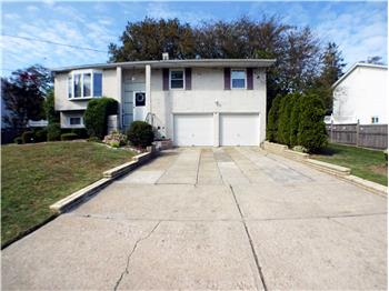 Primary listing photos for listing ID 577402