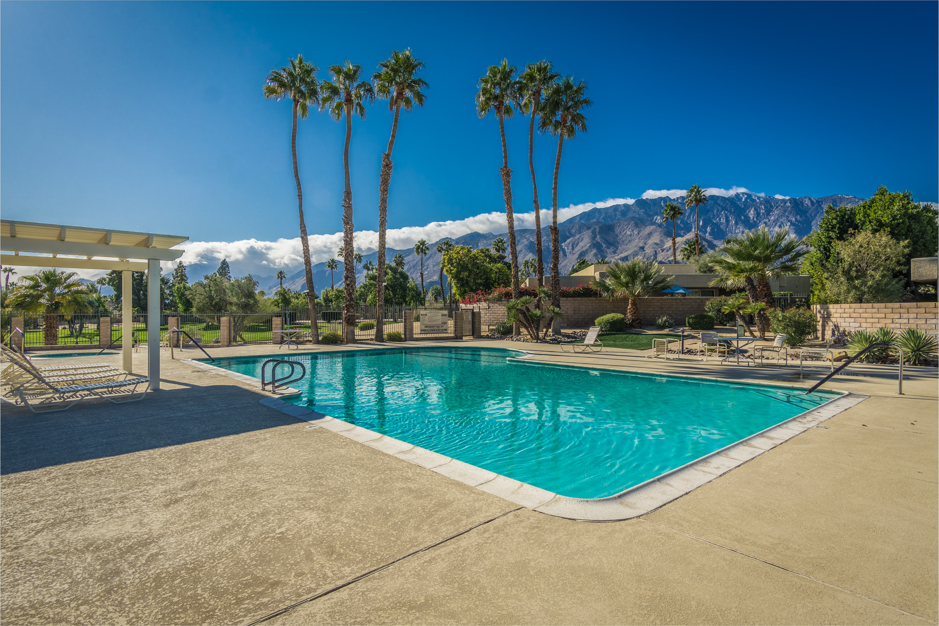 https://realbird.blob.core.windows.net/rb-photos/310-sunflower-circle-s-palm-springs-ca-92262_B8B2F5D8_559608_637148121432189132_80x60.jpg