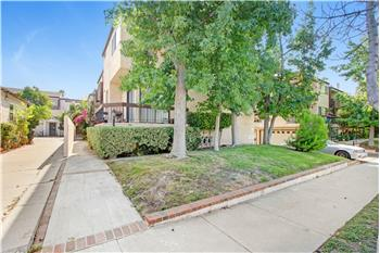 320 Mchenry Rd #29, Glendale, CA