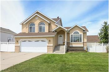 Primary listing photos for listing ID 570913