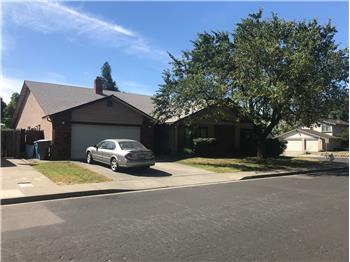341 and 401 Ogden Way, Vacaville, CA