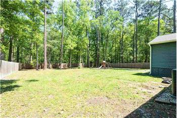 Primary listing photos for listing ID 584484