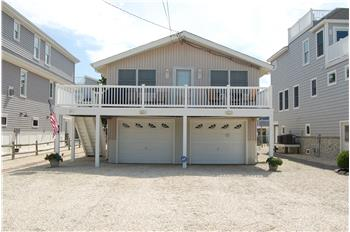 36 4th Street, Surf City, NJ