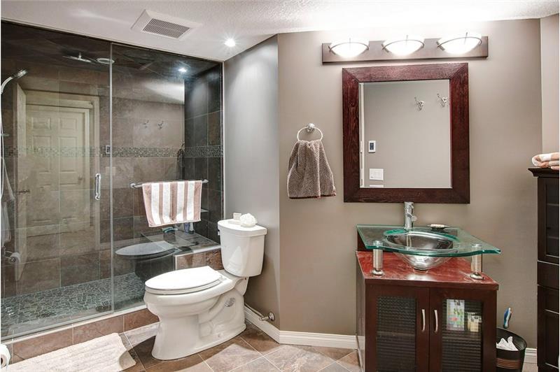 This bathroom!!