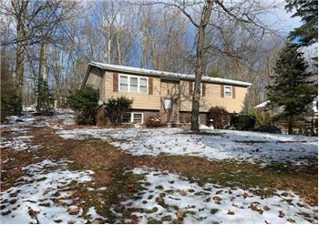 39 Bentwood Road, Drums, PA