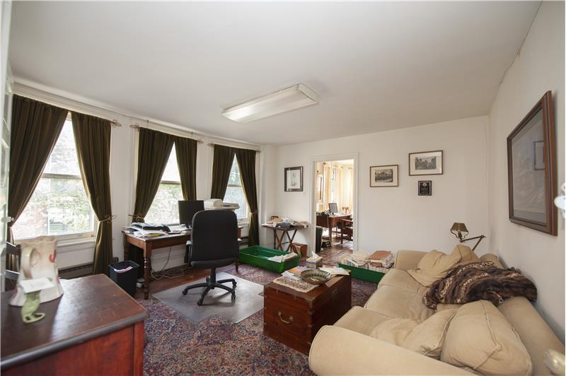 39 S High Street, West Chester 2nd Floor Office