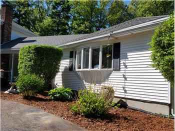 Primary listing photos for listing ID 569657