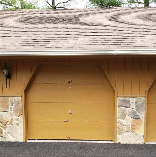 garage for rent in Wayne, PA