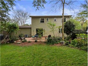Primary listing photos for listing ID 584102