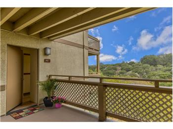 421 Quail Run Court #40, Del Rey Oaks, CA