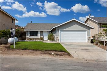 42635 Pinecliff St., Lake Hughes, CA