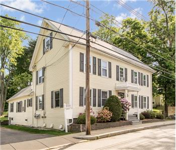 43 Oak St apt 3, Franklin, MA