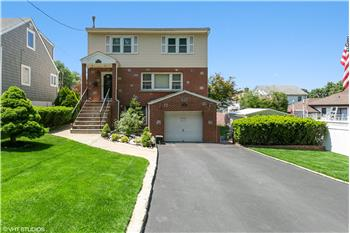 45 Manchester Rd, Yonkers, NY