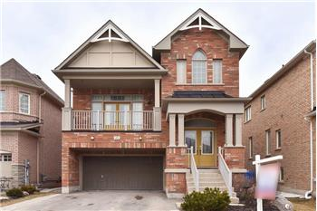 45 Maplebank Crescent, Stouffville, ON