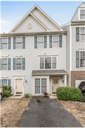 45478 Oak Trail Sq., Sterling, VA