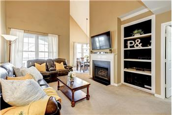 Primary listing photos for listing ID 559610