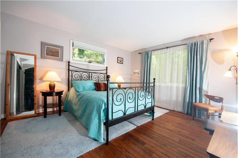 504 Meadowbrook Circle Primary Suite