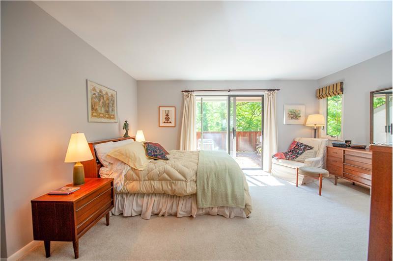 504 Meadowbrook Circle Bedroom 2