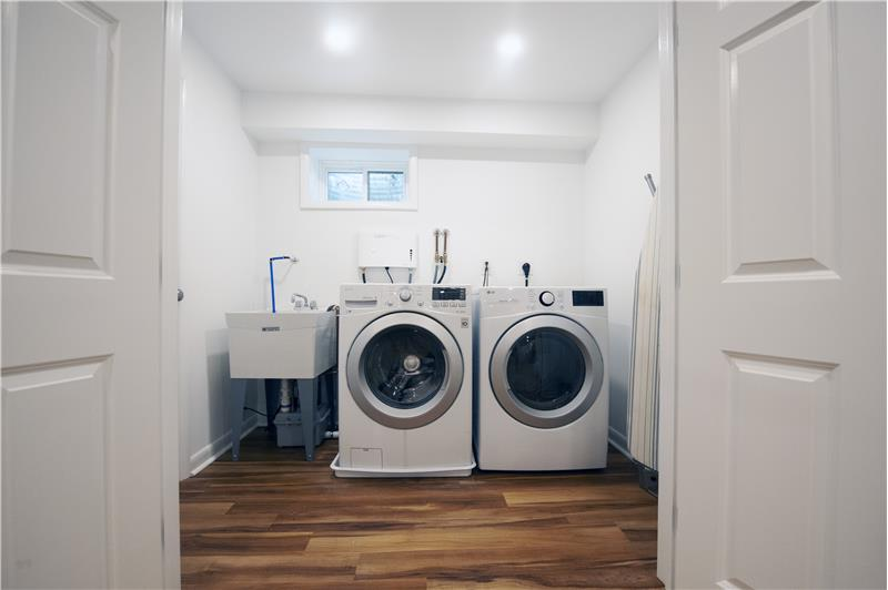 513 Flora Circle Lower Level Laundry Room
