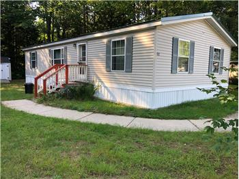 Primary listing photos for listing ID 590108