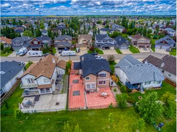 520 Sandy Beach Cove, Chestermere, AB
