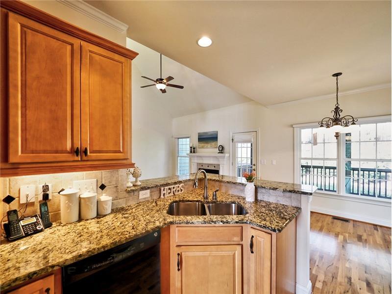 Beautiful cabinets and granite