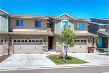 Primary listing photos for listing ID 570640