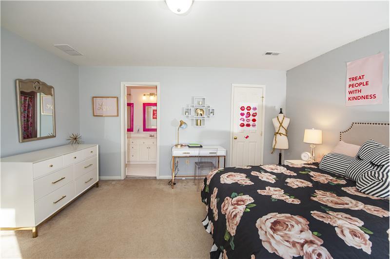 532 Red Fox Lane Bedroom 2