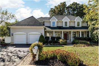 5650 Twin Lakes Ct, Westerville, OH