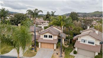 567 Galloping Hill Rd., Simi Valley, CA