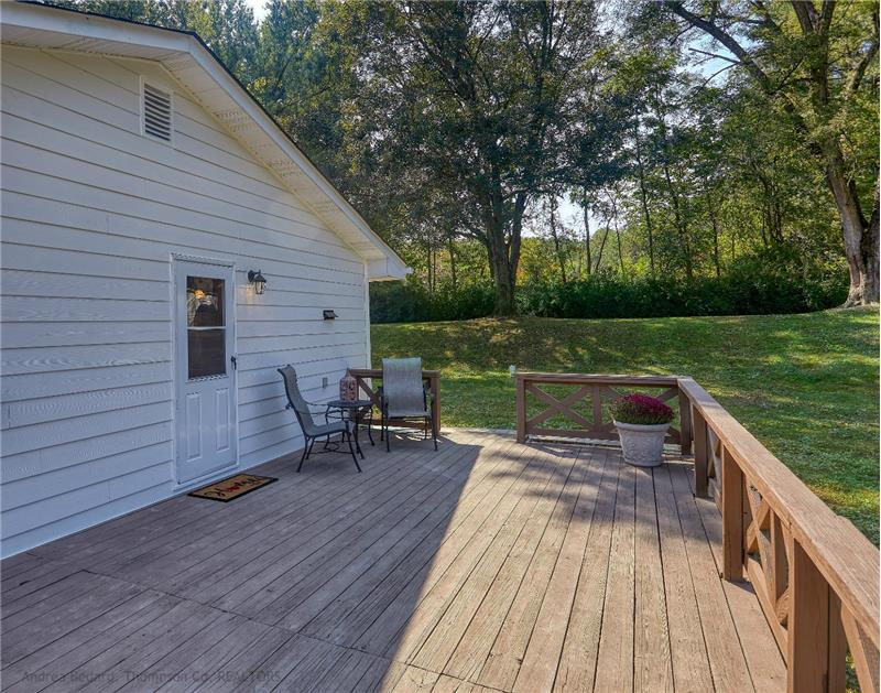 .. a huge deck perfect for lazy afternoons or family BBQs..