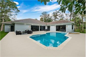 5840 NW 72nd Way, Parkland, FL