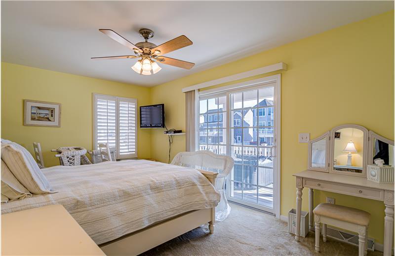 Bedroom 3 w/Sliders