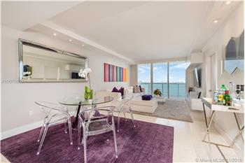 Beautiful Direct Bay and City Views Unit in the Heart of Edgewa...