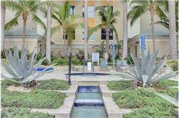 625 Casa Loma Blvd Boulevard Lph9, Boynton Beach, FL