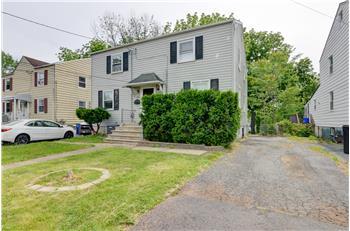 647 Crescent Dr, Bound Brook, NJ
