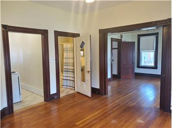 Primary listing photos for listing ID 507139