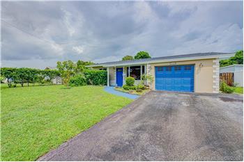 6621 SW 8th St, Pembroke Pines, FL