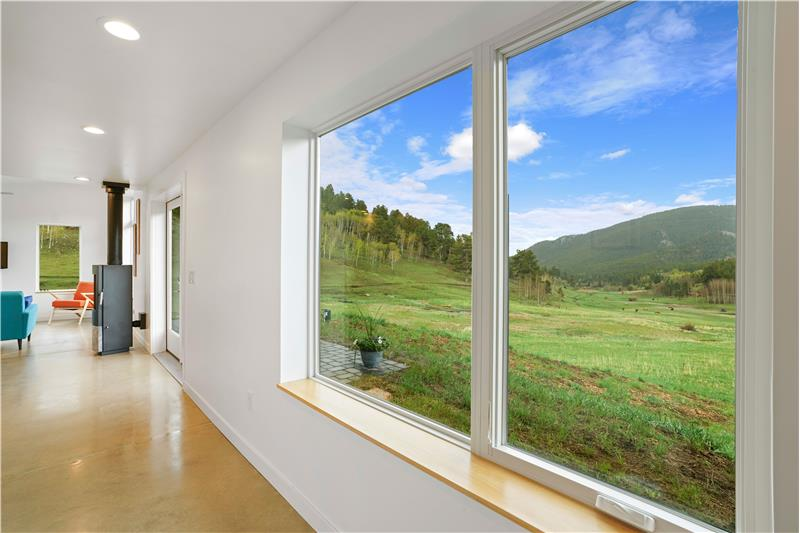 Beautiful valley & mountain view from foyer