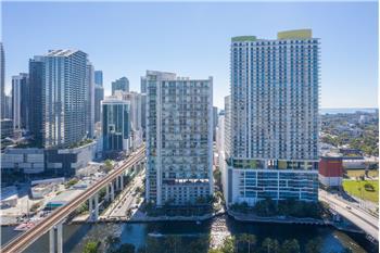 690 SW 1st Ct # 1215, Miami, FL