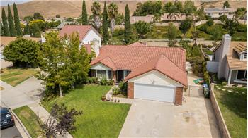 702 Briar Hill Circle, Simi Valley, CA